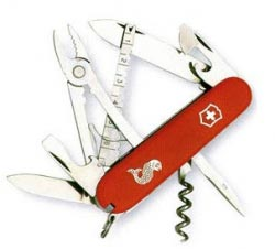 нож викторинокс на рыбалке